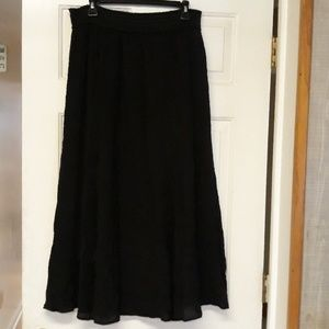 Dana Buchman Black maxi length skirt